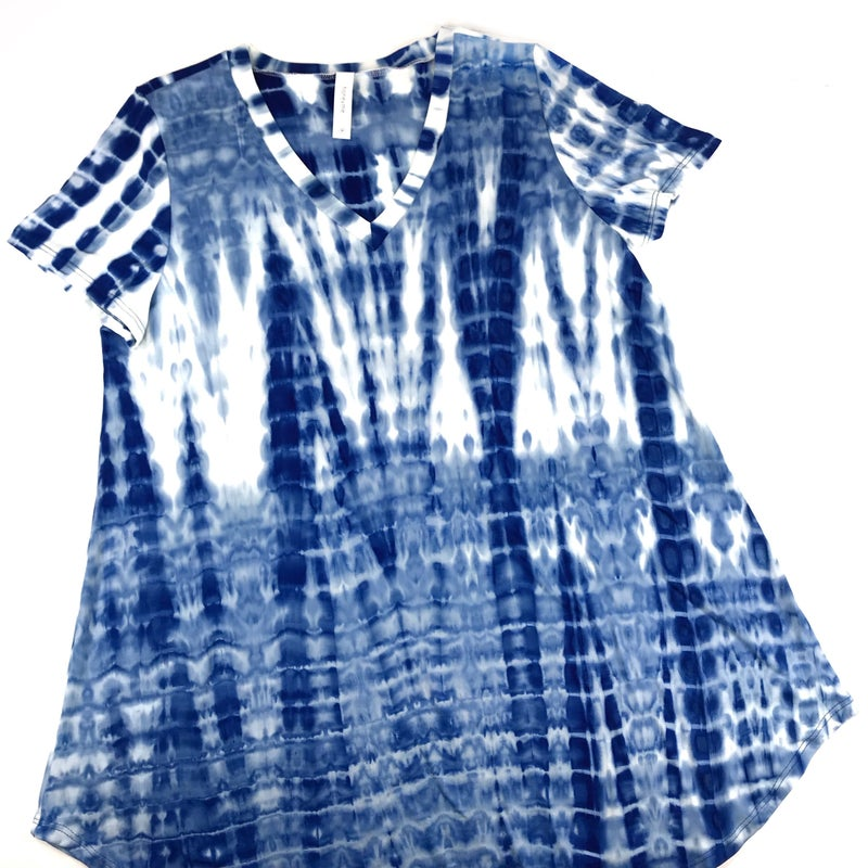 Plus/Reg HoneyMe Tie Dye Dreams V Neck Top