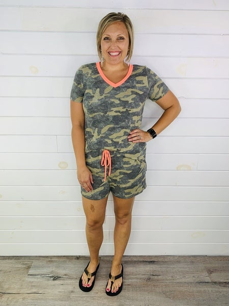 PLUS/REG HoneyMe Camo lounge shorts with neon drawstring