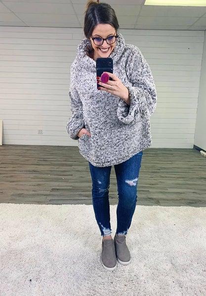 PLUS/REG Judy Blue GOTTA HAVE EM' Soft, Stretchy,  Sharkbite-ish Skinnies