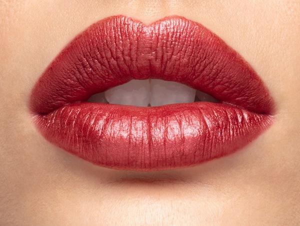 Lique Crush Metallic Creme Lipstick