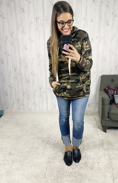 DEAL OF THE DAY Lightweight Camo Hoodie with Pockets