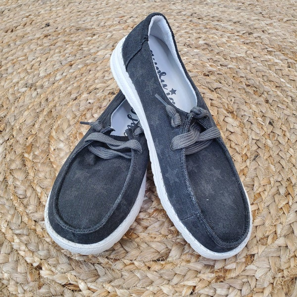Very G Midnight Star Sneakers