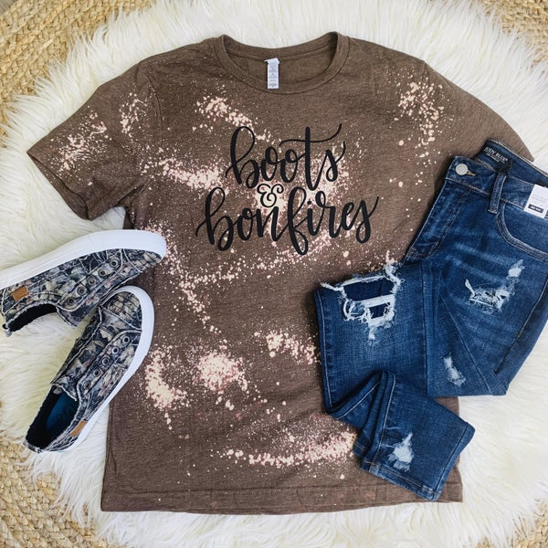 PLUS/REG Boots And Bonfires Tee