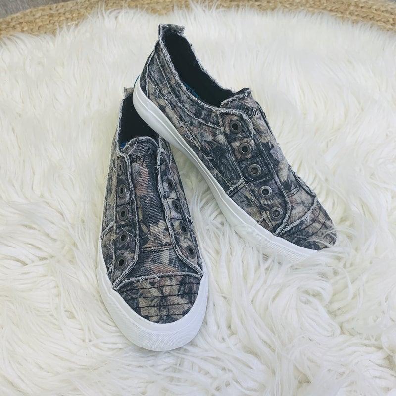 Blowfish Black Hawaiian Night Slip On Sneakers