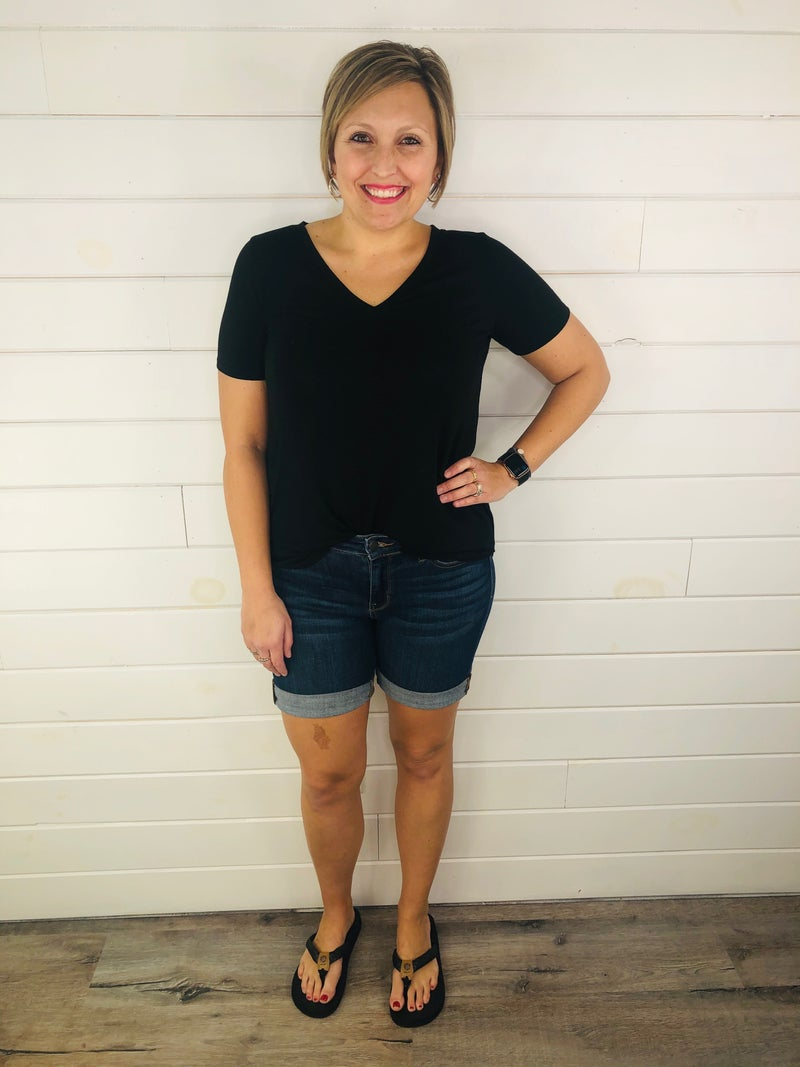 PLUS/REG Judy Blue Nondistressed Beach Babe Bermuda Shorts-- Dark Wash