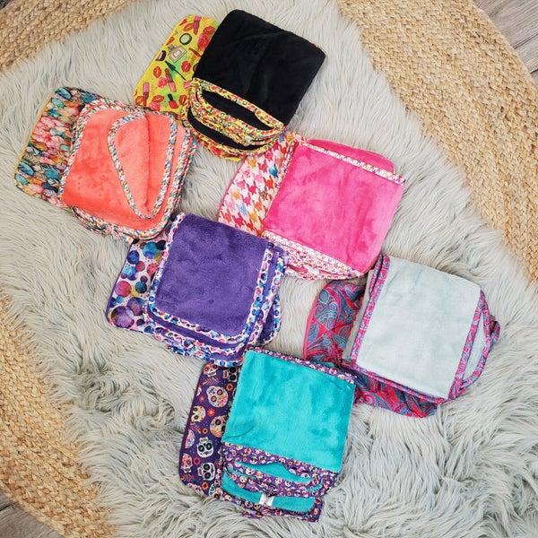 Restock! DOORBUSTER! Five Microfiber Facial Cloths With Decorative Travel Bag- 3 Colors!