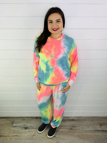 Plus/Reg Rainbow Tie Dye Long Sleeve