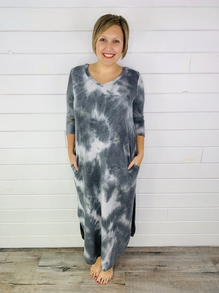 PLUS/REG HoneyMe Grey Tie Dye Midi Dess With Pockets