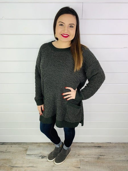 DOORBUSTER PLUS/ REG Popcorn Tunic Sweater with Pockets
