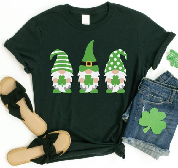 PREORDER MOMMY AND ME Plus/Reg Gnome Shamrock Tee