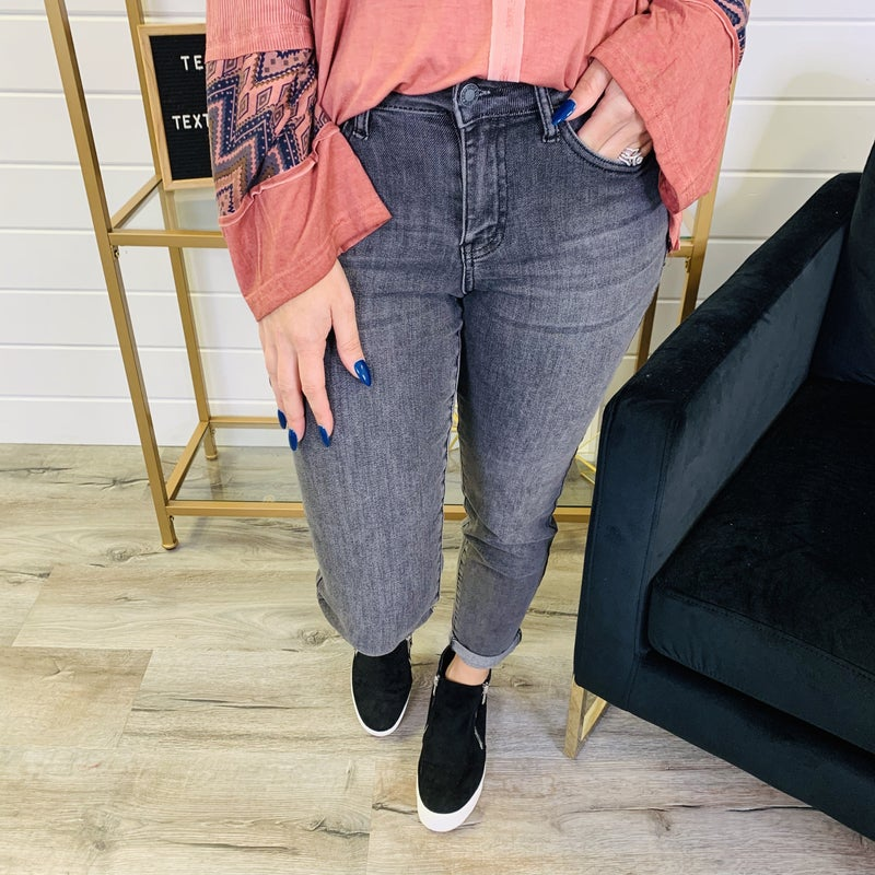 PLUS/REG Judy Blue Bad and Boujee Black Wash Boyfriend Jeans