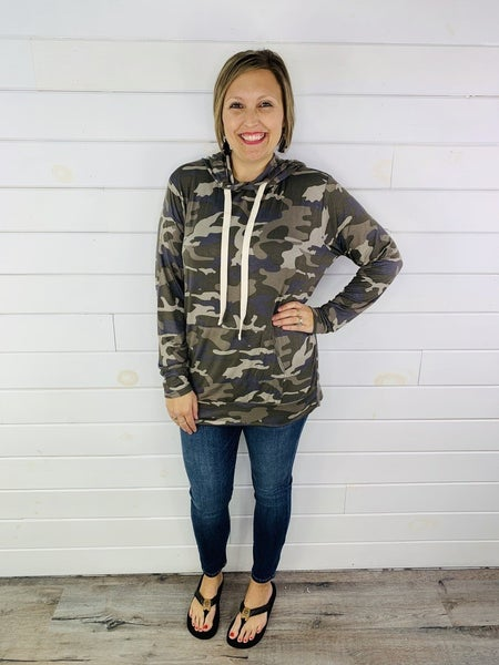 RESTOCK!! DOORBUSTER Plus/Reg Camo Super Soft Lightweight Hoodie