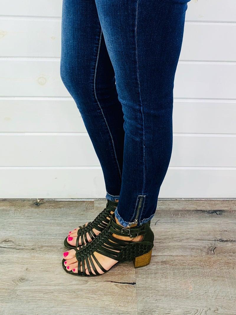 Kan Can Zip It Skinny Jeans