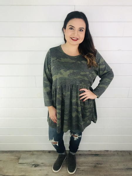 PLUS Ribbed Camo Babydoll Top with 3/4 Sleeves