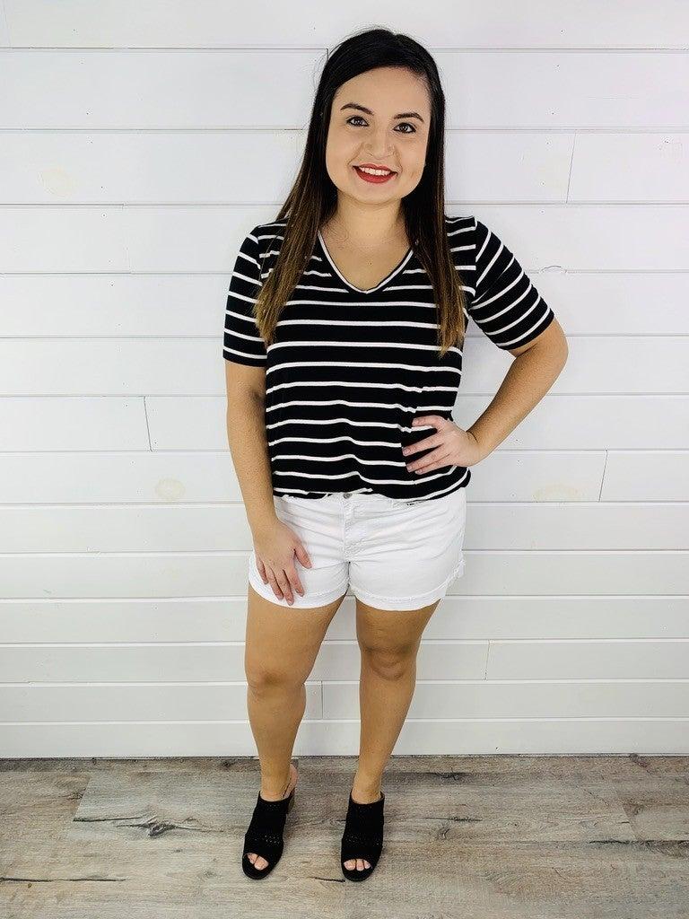 PLUS/REG Judy Blue White Stretchy Cuffed Shorts