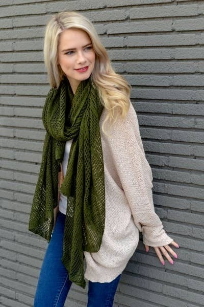 Lightweight Netted Scarf Olive