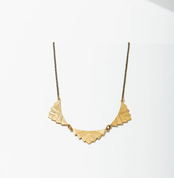 Fan Out Necklace