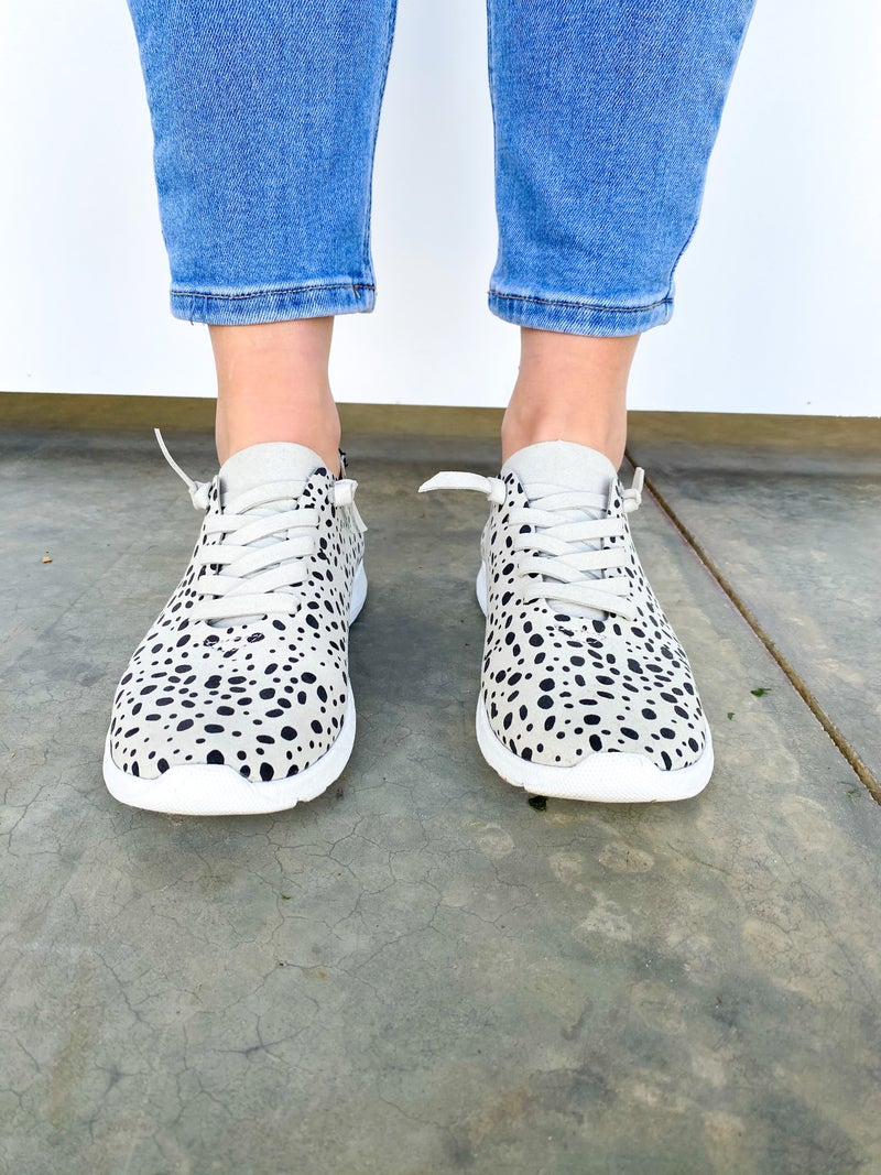 The Mayo Spotted Sneaker - White