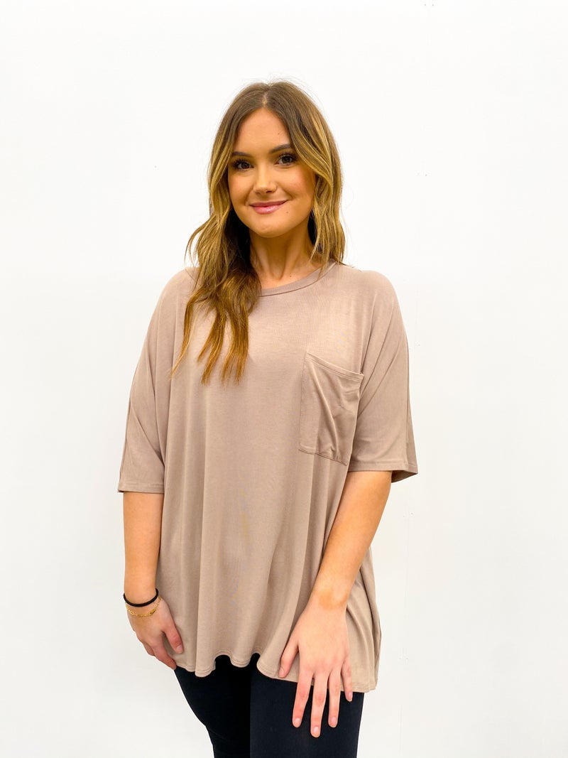 Day Off Oversized Pocket Top - Mocha