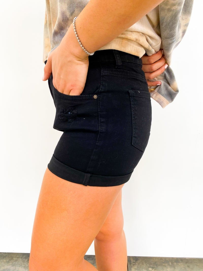 The Olivia Black WAX Shorts Cuffed