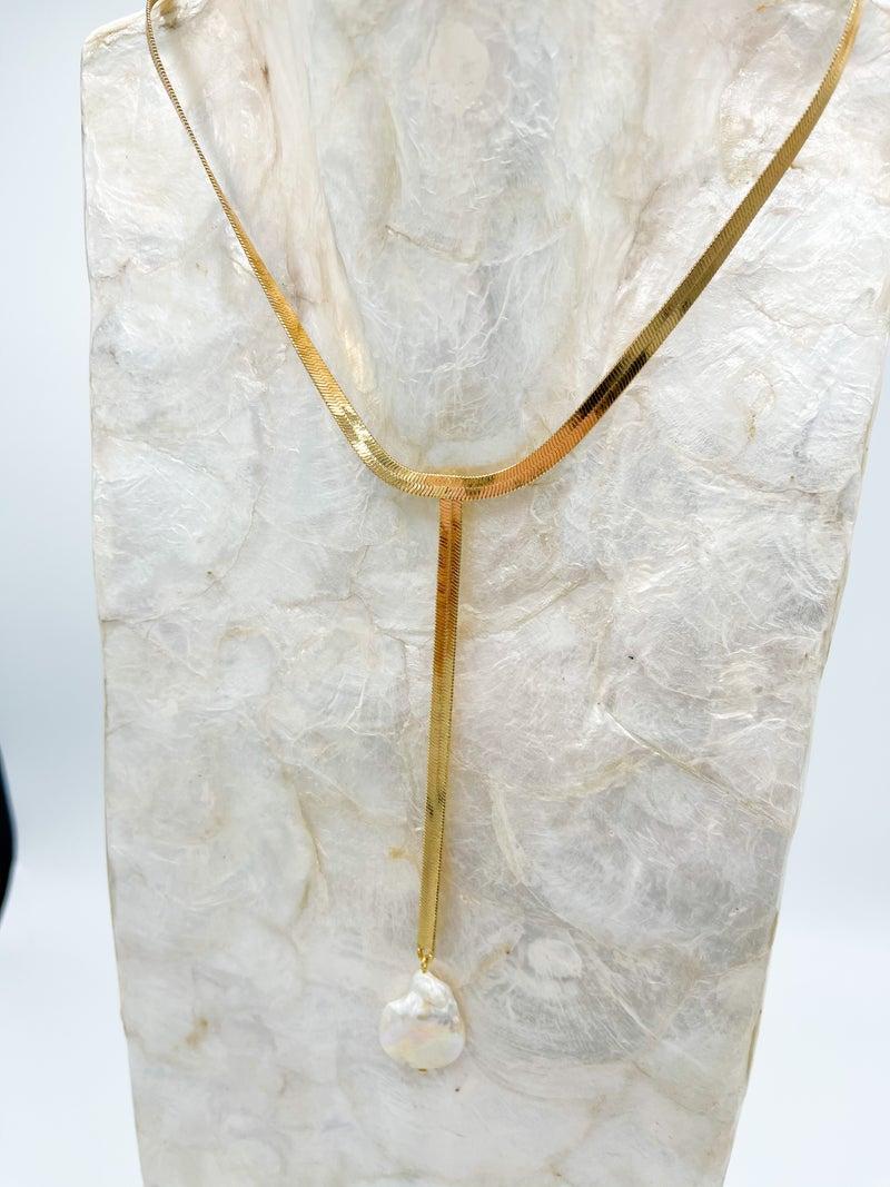 Terri Herringbone W/ Pearl Drop Oversized