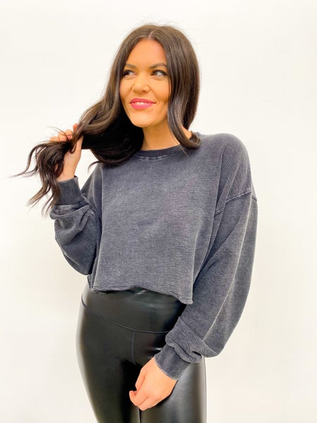 The Energize Long Sleeve Crop - Ash