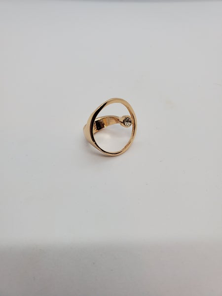 Circle & Rhinestone Ring