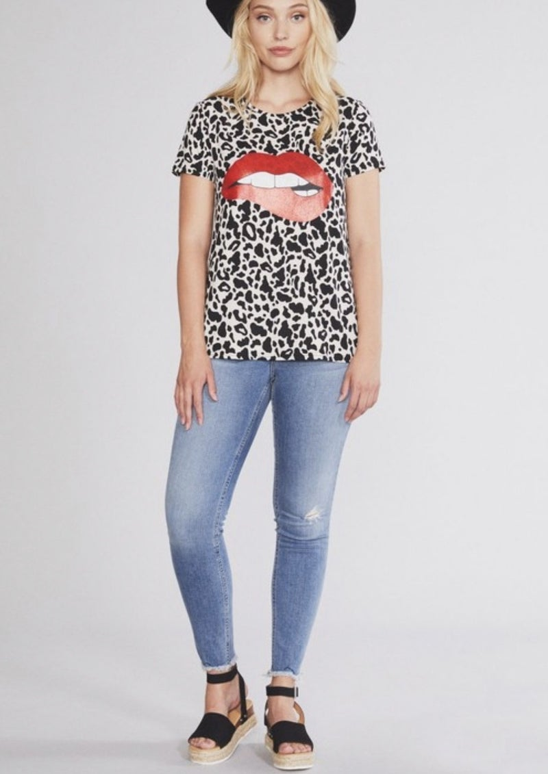 Leopard with Red Glitter Lips Tee