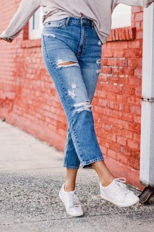 Doing Fine Girlfriend Jeans
