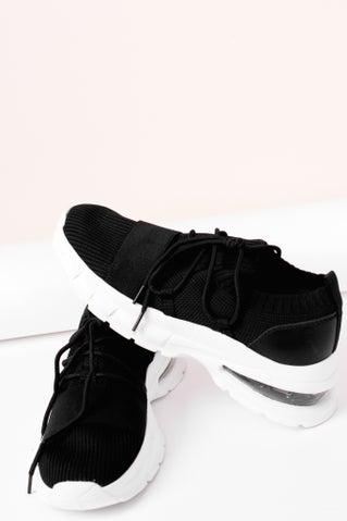 Waylan Sneakers