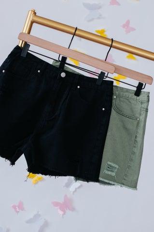 Start Living Shorts