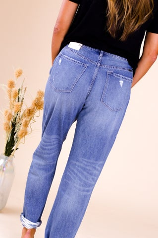 Seen You Mom Jeans