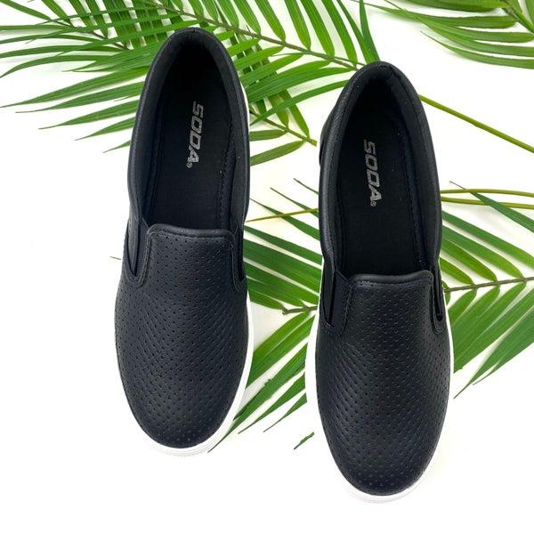 Turn Away Slip On Sneakers - Black