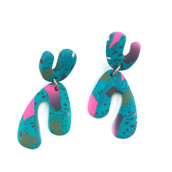 Paradise To Me Clay Earrings *Final Sale*