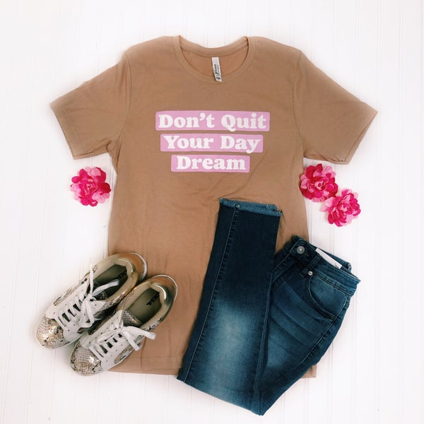Deal of the Day - Day Dream T-Shirt *Final Sale*