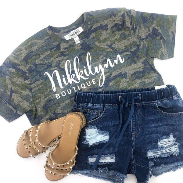Nikkilynn Camo Tshirt