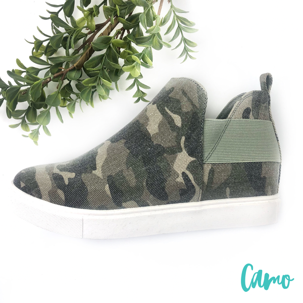 Let's get steppin Sneakers - Camo