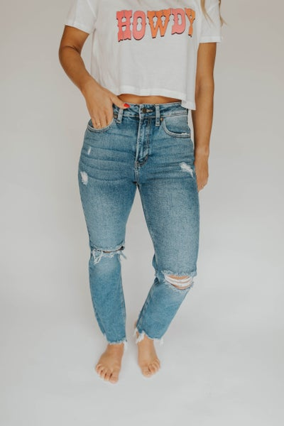 Destructed Straight Leg Jean