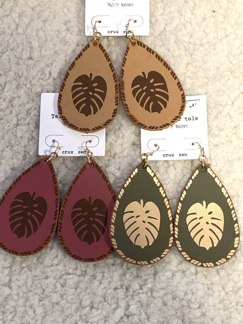 Fall In Love Leather Teardrop Earring With Leaf Image In Multiple Colors
