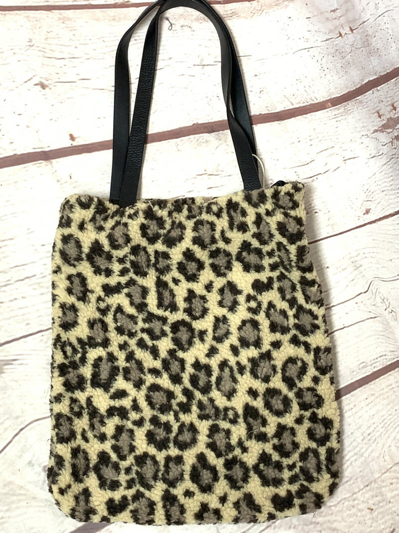 Look At Me Leopard Sherpa Bag With Zipper Top