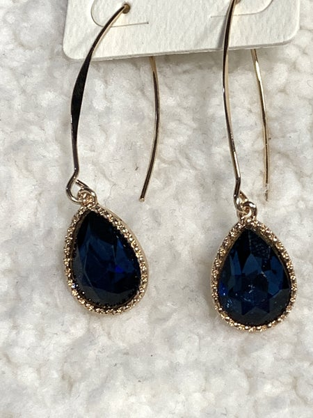 Pure Elegance Gold Threader Earring With Blue Crystal Pendant