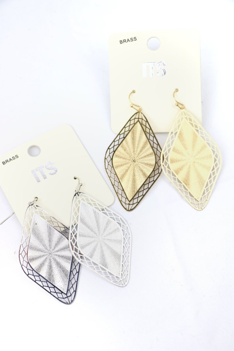 Eye Of The Storm Diamond Shape Earring With Lattice Border In Multiple Colors