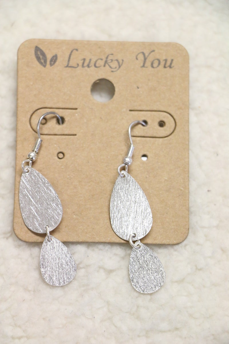 Oh So Pretty Double Teardrop Earring In Brushed Silver
