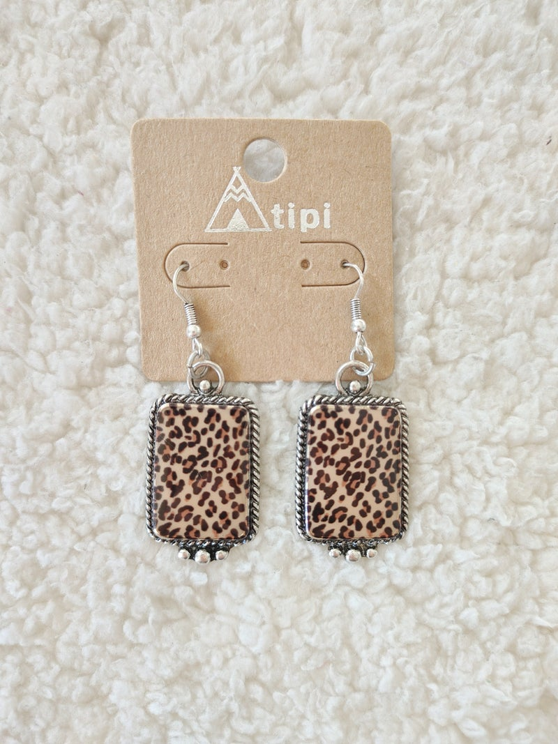 Jungle Time Rectangle Leopard Print Earring In Silver