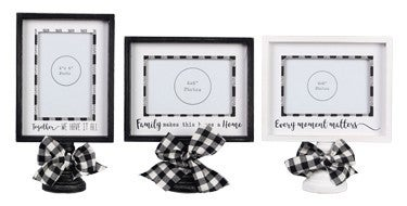 Wood 4x6 Photo Frame on Pedestal with Buffalo Plaid in Multiple Prints