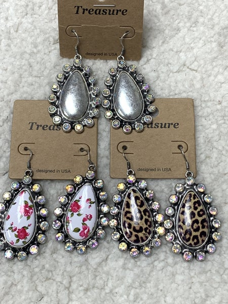 So Glitzy Metal Teardrop Earring With Crystal Border In Multiple Colors