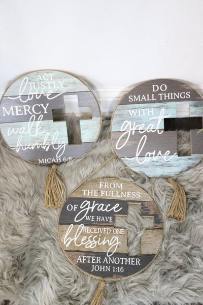 Inspirational Round Wood Slat Sign With Cutout Cross And Rope Tassel In Multiple Sayings