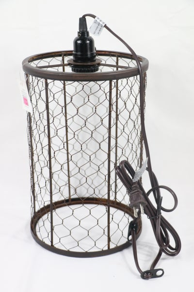 On The Farm Mesh Cylinder Pendant Lamp