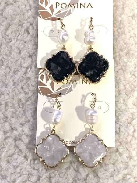 Looking Good Freshwater Pearl And Quatrefoil Pendant Earring In Multiple Colors