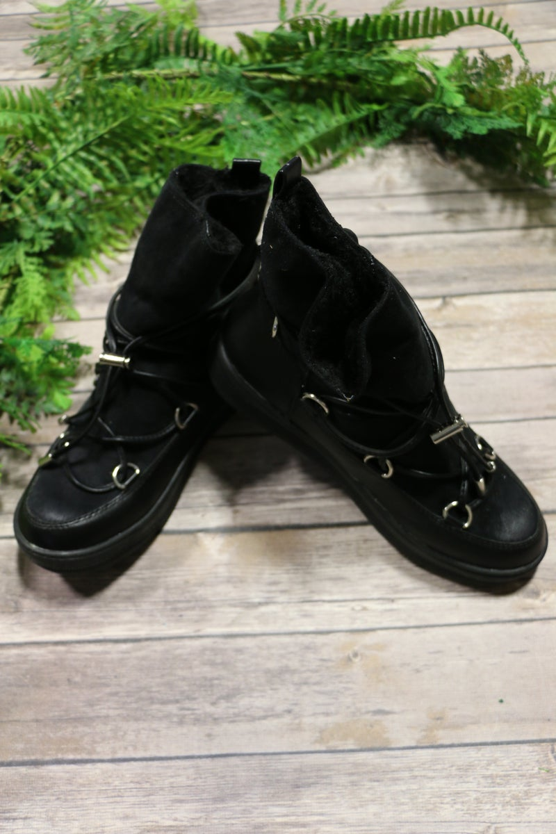 Dashing Through The Snow Boots In Black - Sizes 6-10
